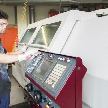 AuftragArbeit bietet mechanische Einzelanfertigungen an.