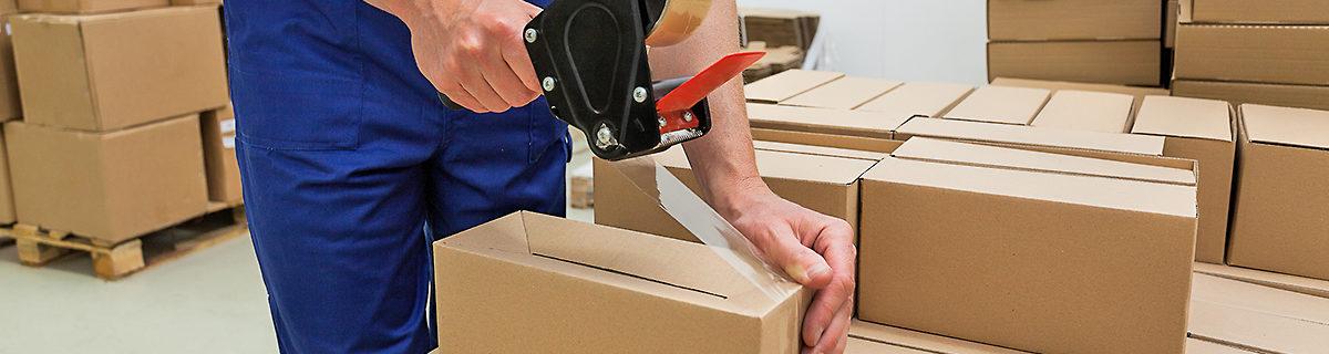 AuftragArbeit unsere Werkstätten übernehmen für gewerbliche Kunden die Verpackung von Drucksachen.