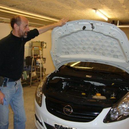 AuftragArbeit unter Fahrzeugaufbereitung verstehen wir viel mehr als den normalen Autoreinigungsservice.