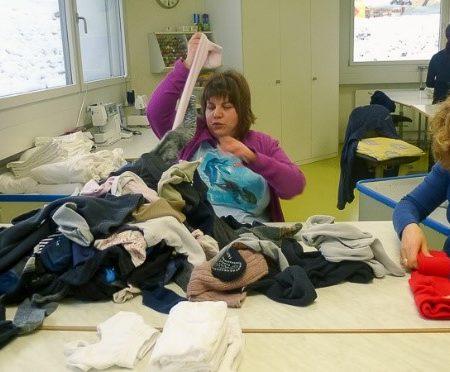 AuftragArbeit als kompetenter Partner sind wir für die Reinigung von Bettwäsche, Kleider, Hemden und mehr zuständig.