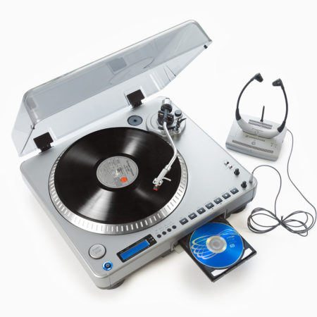 AuftragArbeit wir können Schallplatten oder Audiokassetten digitalisieren und daraus MP3 Dateien oder CDs erstellen.